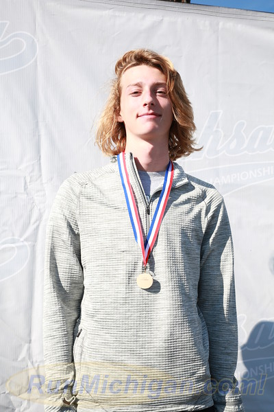 Individual Awards, D3 BOYS - 2016 MHSAA LP XC FINALS