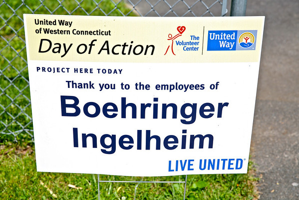 Boehringer Ingelheim at Rogers Park to Install a Born Learning Trail