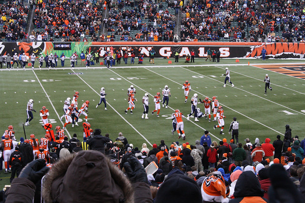 Bengals vs Chargers 12-26-10
