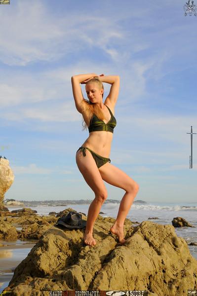 matador swimsuit bikini model beautiful women 1066.453.435..jpg