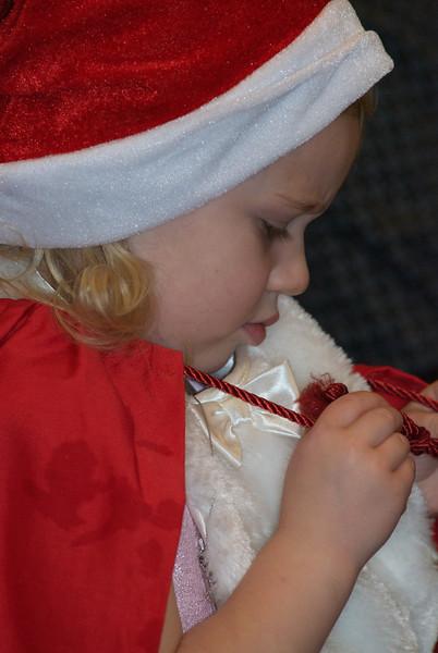 2013-12-22-Christmas-Pageant_316.jpg
