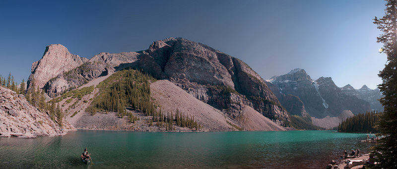 A corner of Moraine Lake.