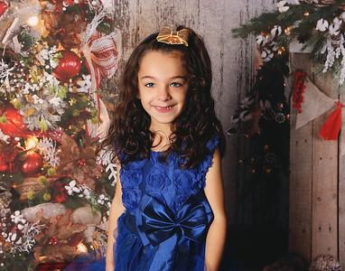 Dellasperanza's Christmas Mini