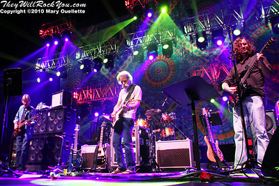 Furthur <br>  November 19, 2010  <br> DCU Center - Worcester, MA <br> Photos by:  Mary Ouellette