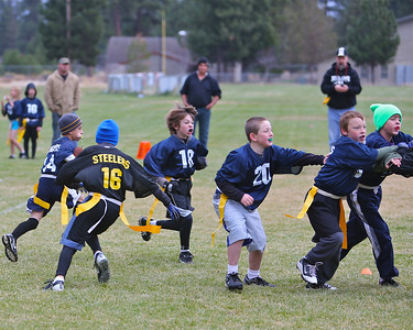 3rd 4th & 5th Grade Outlaws Flag Football Chargers vs Steelers 12-27-12