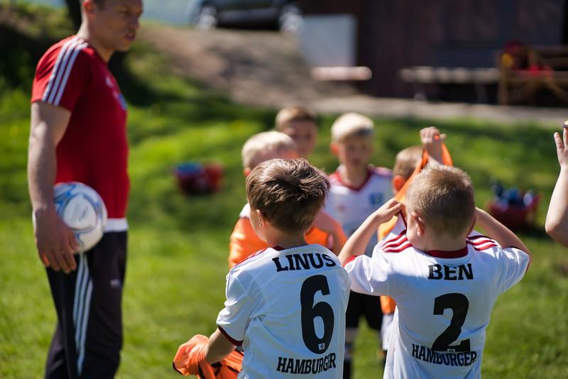 hsv-fussballschule---wochendendcamp-hannm-am-22-und-23042019-c-39_46814451055_o.jpg
