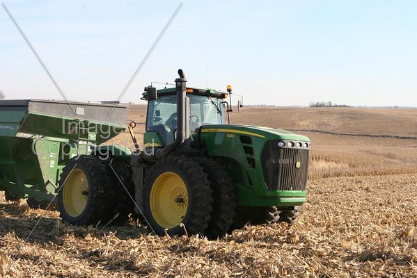 Farm Machinery 11-25-08