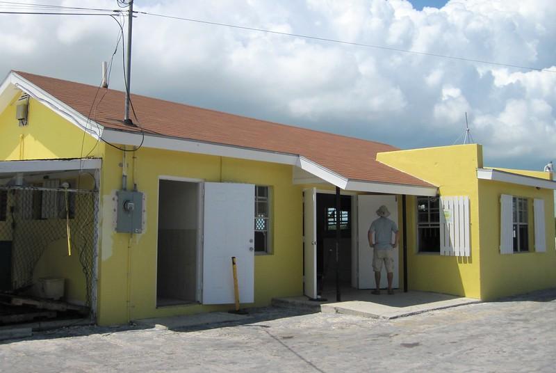 Deadman's Cay Airport