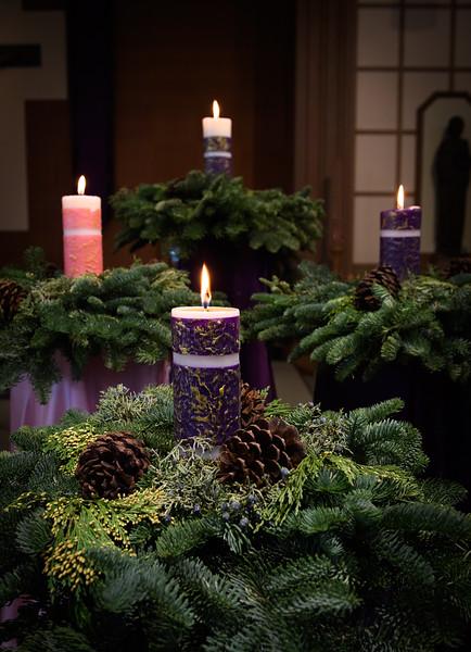 2018 Advent Wreath_8683_300 DPI.JPG