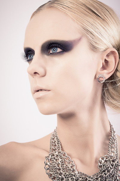 Avalon December 2012 Makeup Class