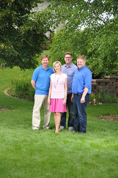 2015-07-25 Family Portraigs 2015 108.JPG