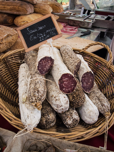 aix en provence market salami-8.jpg