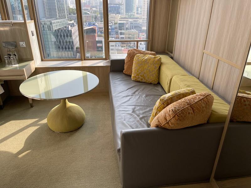ParkRoyal Pickering Signature Room Sofa Bed