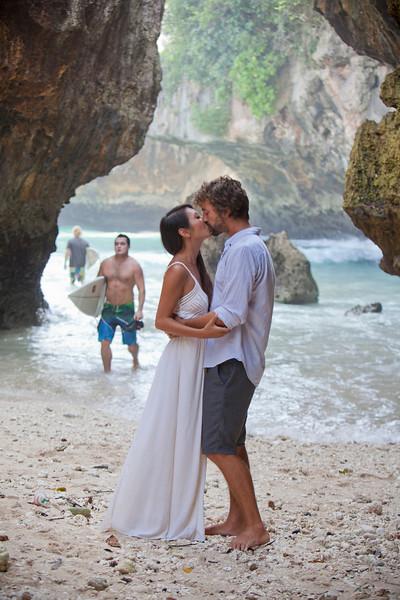 2012-04-27 Engagement Bali
