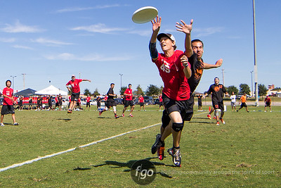 10-2-15 USAU Nationals - Chicago Machine v Raleigh Ring of Fire