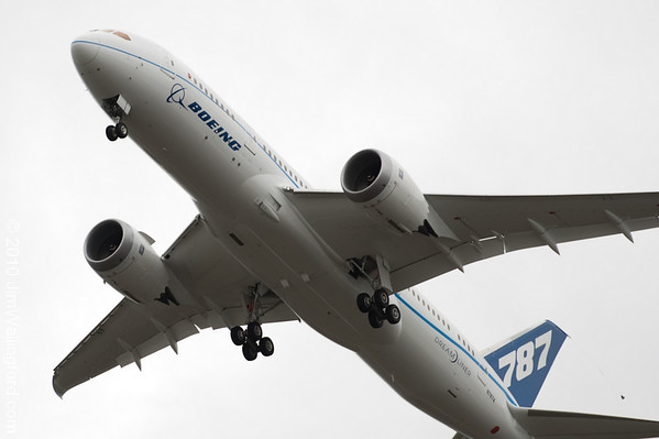 Boeing 787-4 First Flight