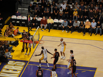 Lakers vs Blazer 11-07-2010