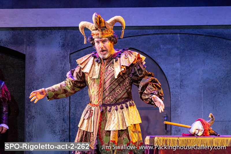 SPO-Rigoletto-act-2-262.jpg