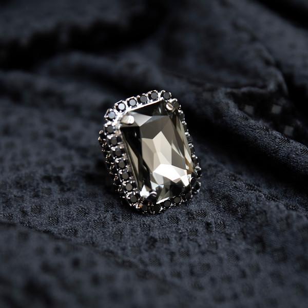 Alexa black diamondd.jpg