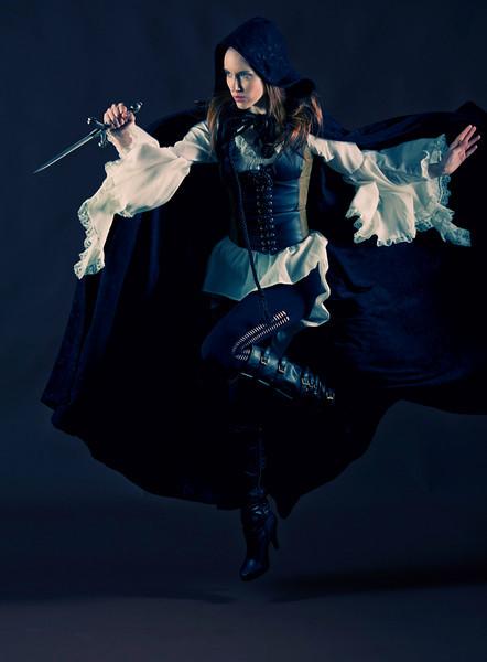 Laura Action/Fashion