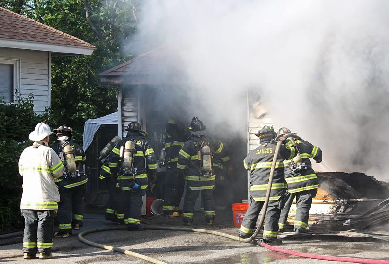 saugus fire 18.jpg