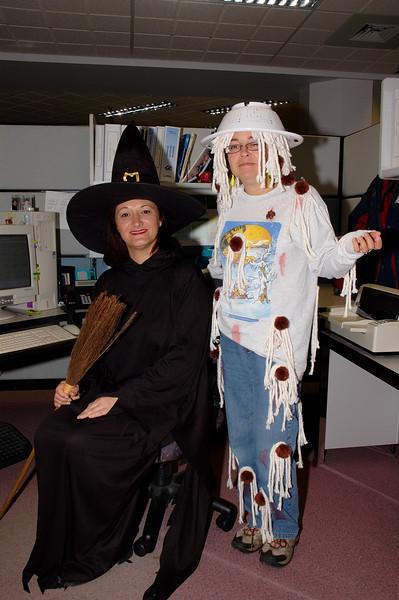 Img2005-10-31-110802 Halloween.jpg