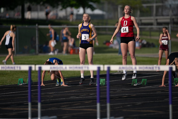 2021-05-18 Girls Track Sectionals