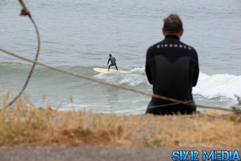 Gladstones Surf-53.jpg