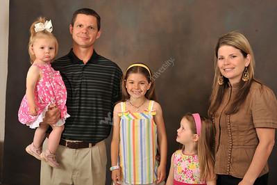 26892 Nicki Izzo-Brown Family Portrait