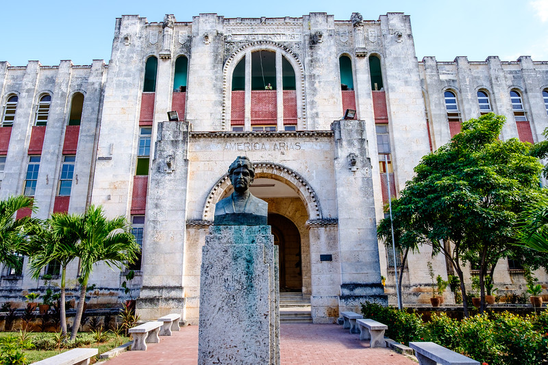 Cuba_Havana_Genevieve Hathaway-8.JPG
