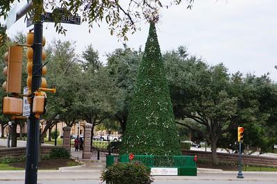 2016 Christmas Tree  Ornament Contest