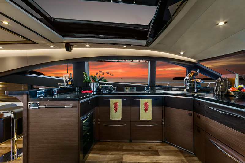 L650 Galley