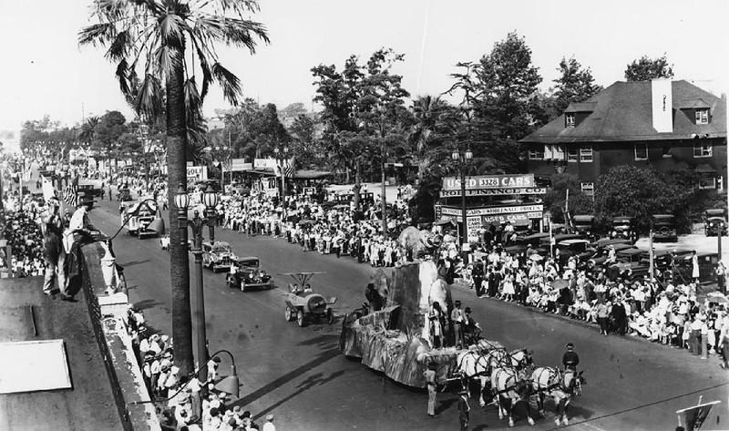 Anniversary parade on Figueroa Street, 1931