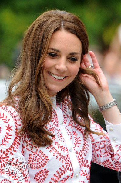 Kate Middleton Fashions £4000 Alexander McQueen With Prince William In Canada