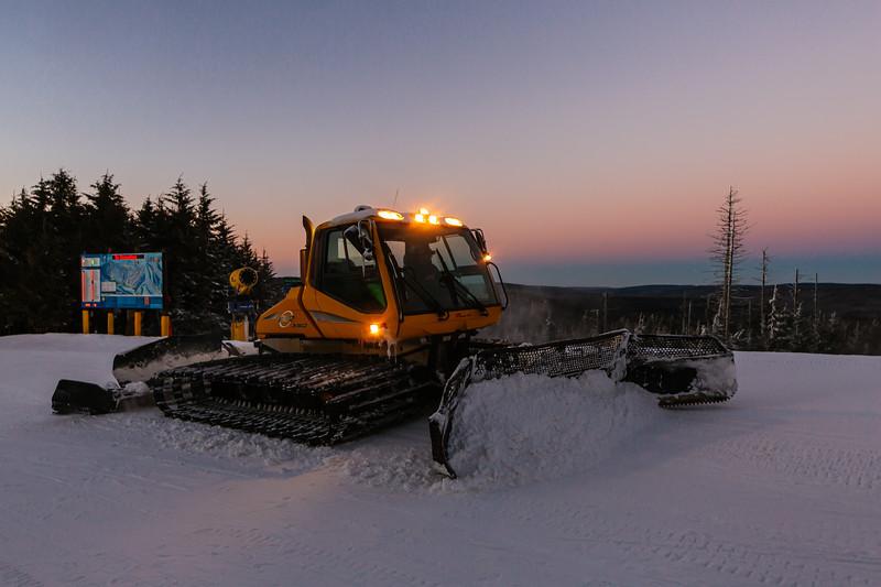 2020-01-09_SN_KS_Snowmobile Sunset-7851.jpg