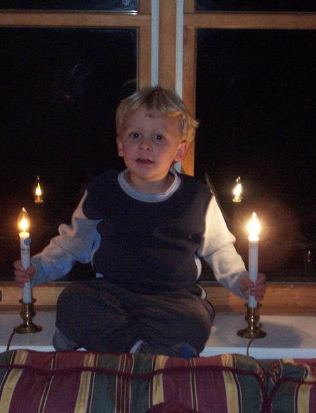 Wyatt - Thanksgiving '03.JPG