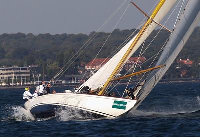 2013.09-12M Wessel & Vett Classic Meter Cup