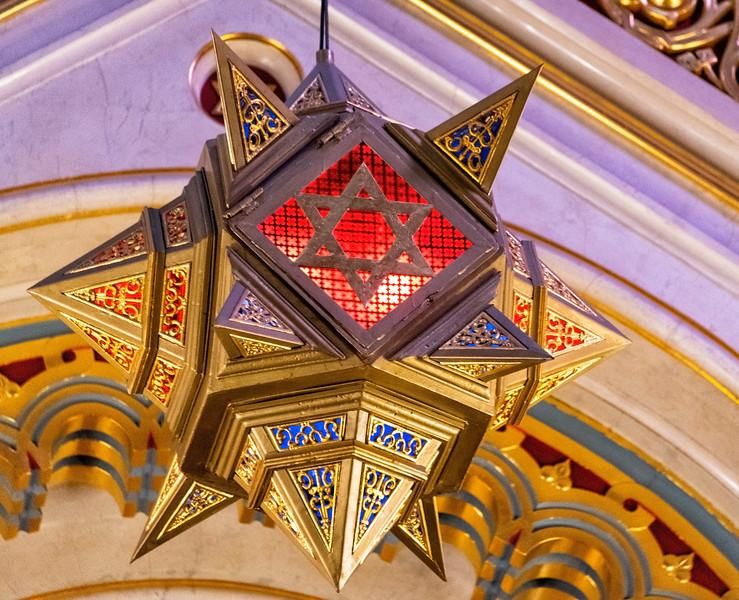 Dohany Synagogue.jpg