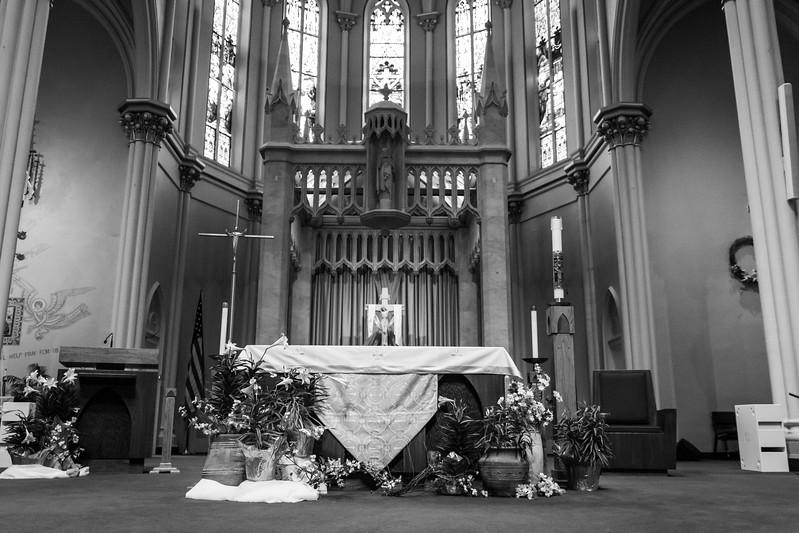 Jennie & EJ Wedding_00141-BW.jpg