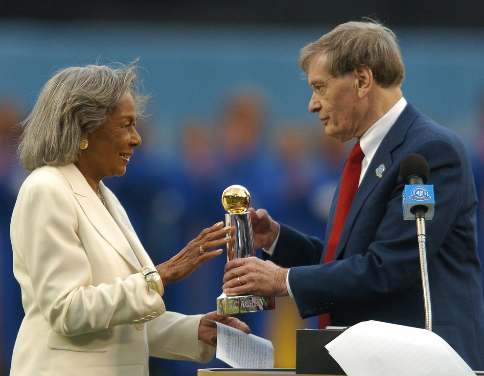 . Baseball commissioner Bud Selig gives Rachel Robinson the Commissioner\'s Historic Achievement Award at Dodger Stadium before the game against the San Diego Padres, Sunday April 15, 2007. (Michael Owen Baker/Los Angeles Daily News)