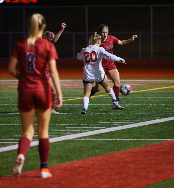 2019-10-01 Varsity Girls vs Snohomish 097.jpg