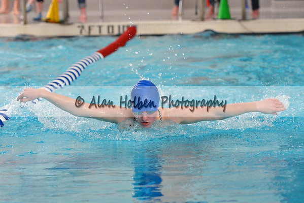 Swimming Ovid Elsie at Mason