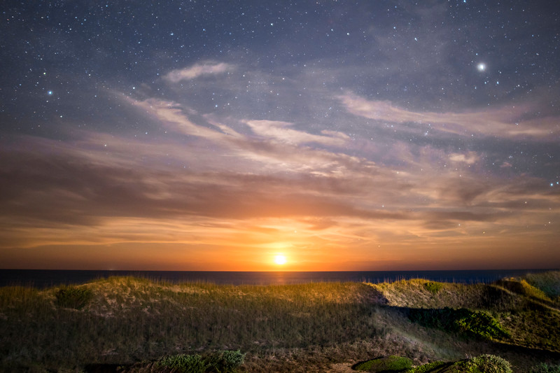 Moonrise Dunes