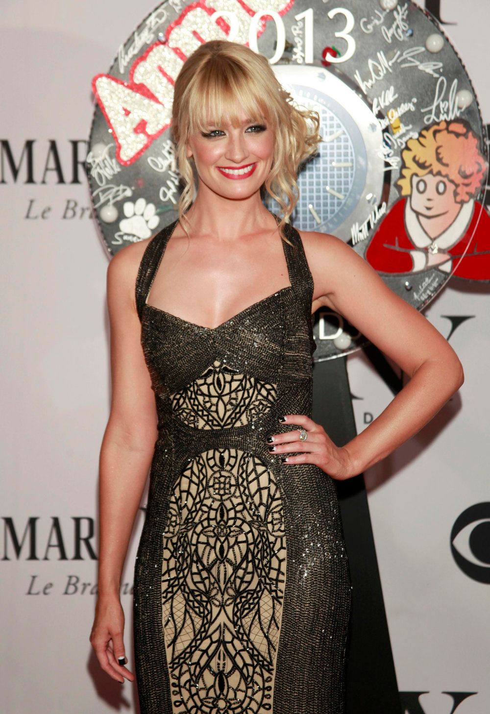 . Actress Beth Behrs arrives to the American Theatre Wing\'s annual Tony Awards in New York June 9, 2013. REUTERS/Carlo Allegri