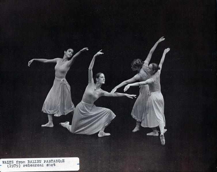 Dance_2135_a.jpg