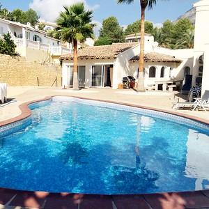 19130 Villa Clara I with 2 pools and 10 bedrooms 25p