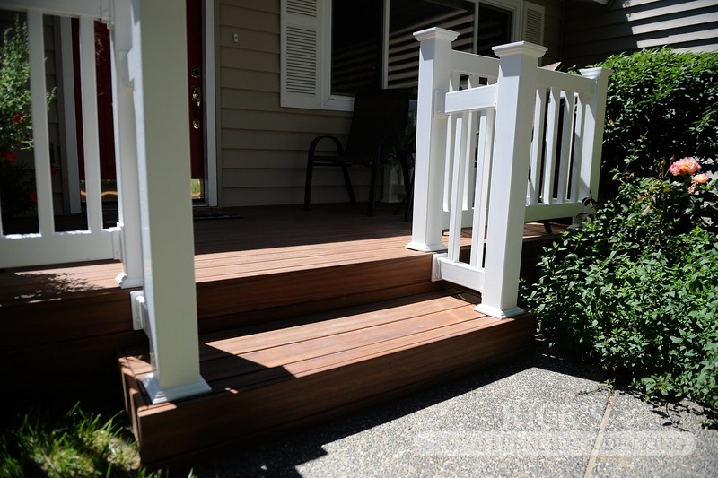 1228 - LifeStyle HDPE Composite Decking