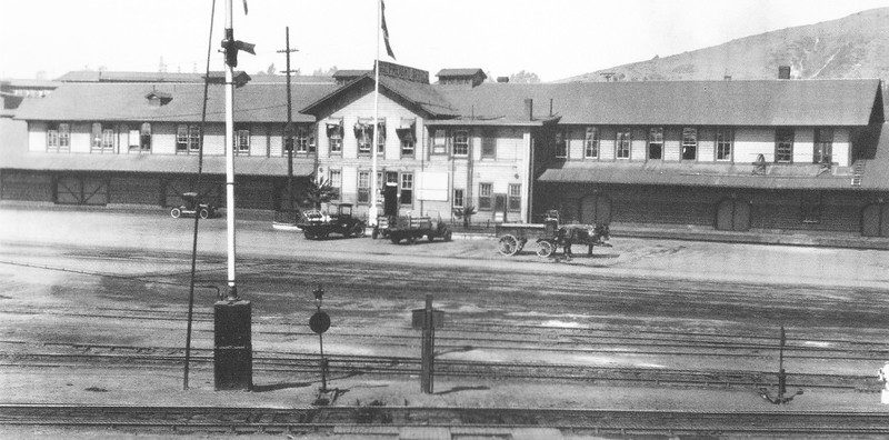 1918,  Freight House