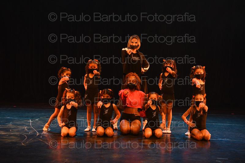 Jazz Kids (Profª Carla Bettin)