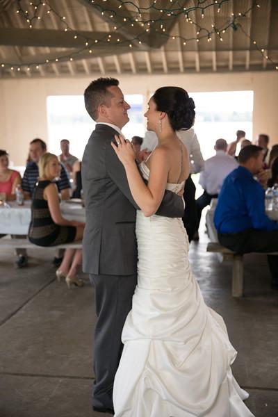 bap_schwarb-wedding_20140906153324PHP_0301